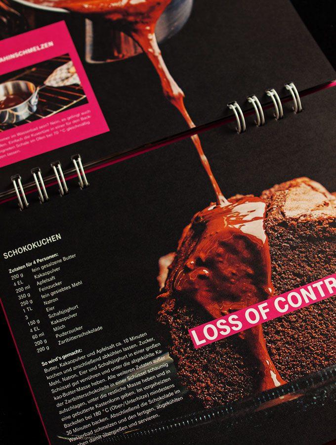 cyber kitchen - das ultimative hacker-kochbuch (deutsche-telekom): loss of control schokoladenkuchen