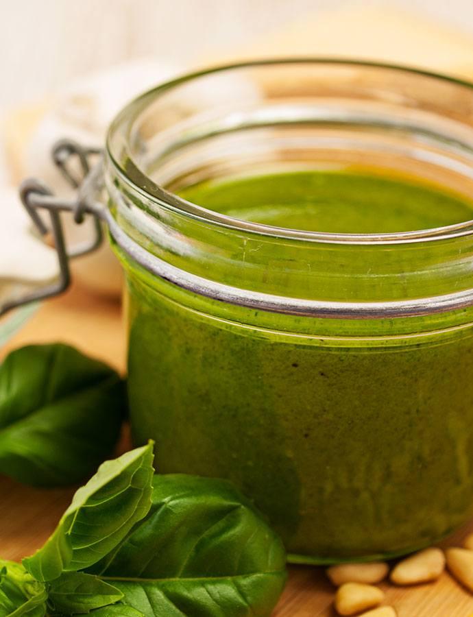 #pesto #genovese #verde #grün #selbermachen #rezept #basilikum #pasta #spaghetti #basilikumpesto
