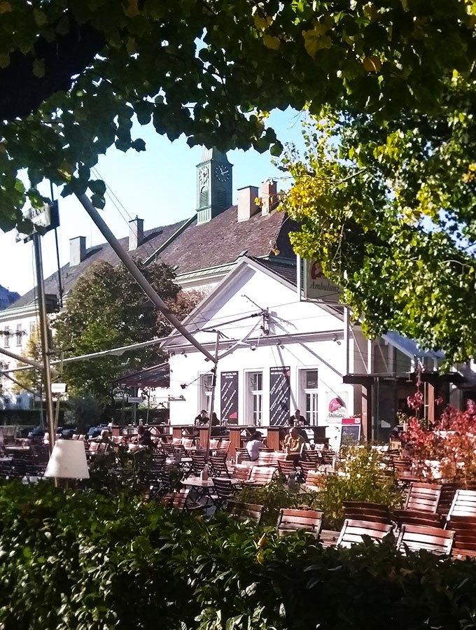 Wien kulinarisch- ein (klitzekleiner) Reiseführer: Biergarten in der Stiegl-Ambulanz am alten AKH Wien